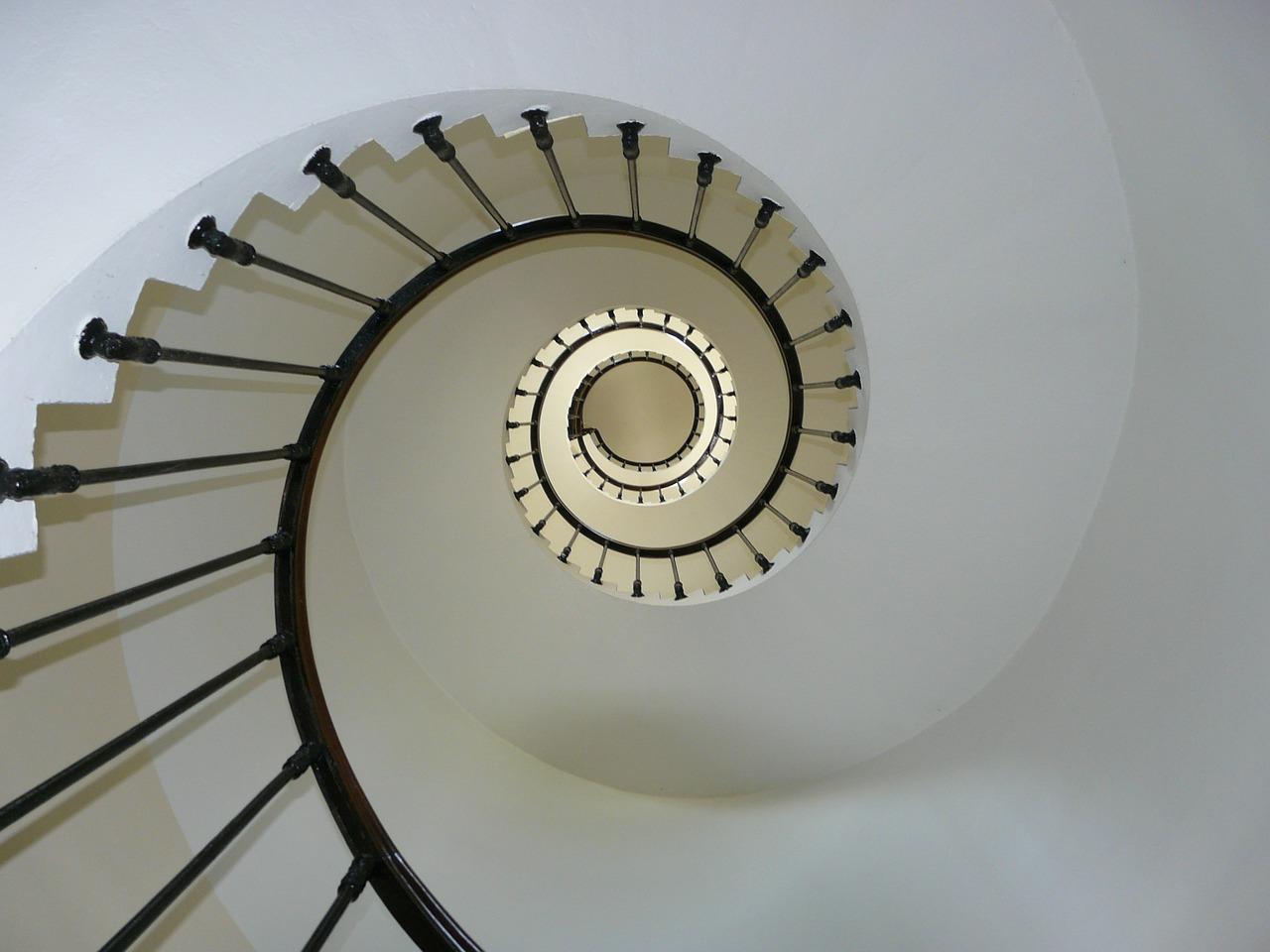 Conheça  os erros mais comuns na construção de escadas