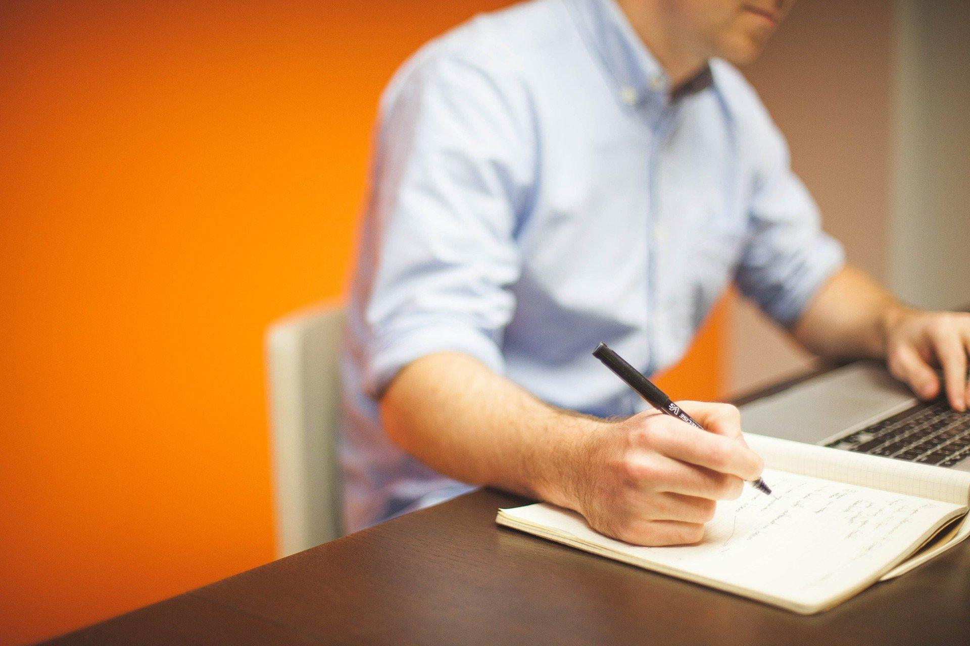 O desenvolvimento de aplicativos para gestão de negócios