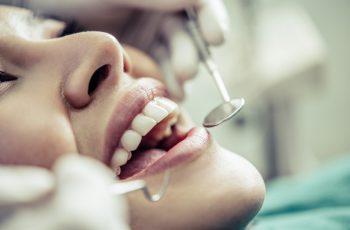 Saiba tudo sobre periodontite e como tratá-la